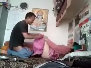 Despondent Indian Aunty making love MMS