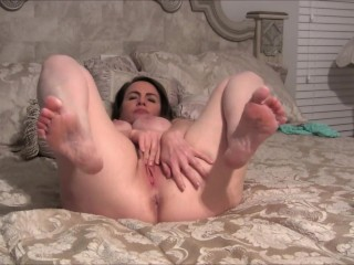 Pussy scraping With legs with respect to