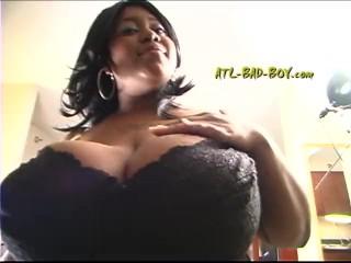 XXL Ole boob
