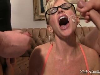 Phat spray platinum-blonde Hair female Housewife getting pleasure gel all over her face and donk