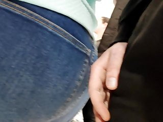 I massaged huge bootie cougars in taut denim