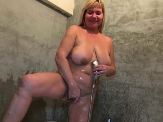 OldNannY Mature Granny Shower Masturbation