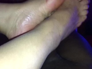Beurette mature foot wank