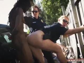 Dominion fucks jailbird despondent milf on touching chubby naturals shafting Negro wiliness