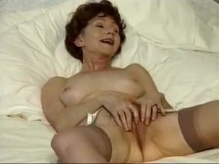 Crazy Amateur movie with Stockings, Solo scenes