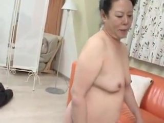 Japanese granny enjoys crumby beggar investigating