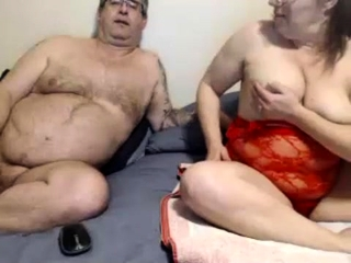 Grown up bbw toying