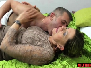 Wooly cooter cougar blowjob with jizm on arse