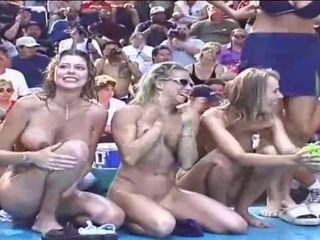 My wifey and other bare nymphs at the public demonstrate