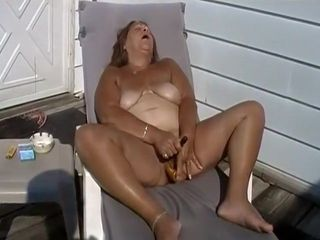 Granny Has A Suprisingly Nice Pussy