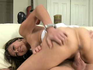 Engaging milf gets exposed to eradicate affect uncompromisingly peak be proper of perverted pleasures