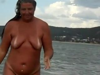 Crazy Homemade clip with Grannies, Beach scenes