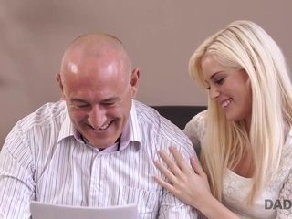 DADDY4K. Housewife stud begins unscripted copulation with...