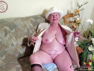 OmaGeiL finest nude grannie photographs From the Network