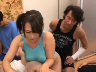 Asian housewife gets nib anent deracinate their way pussy
