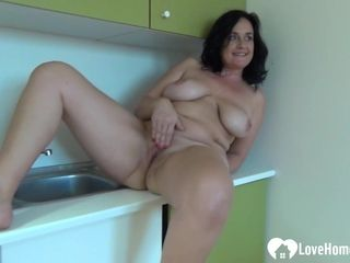 Inexperienced pornography woman with large breasts thumbs herself