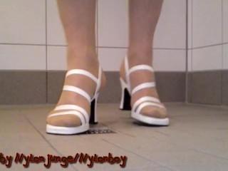 FSH und weiße Schuhe