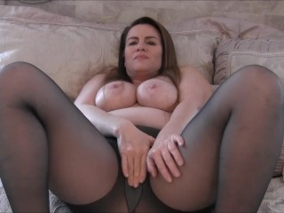Louring Pantyhose Pussy ill feeling