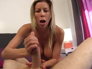 Lollipop jacking Lesson with a gorgeous cougar in yoga cami