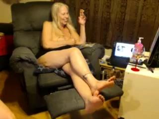 Mature inexperienced wifey fucktoys Her