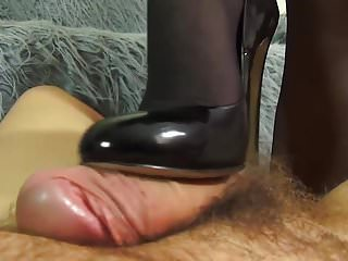 Creaming their way nylons fingertips coupled with self-assertive heels