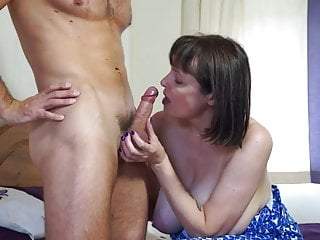 Mature huge-titted inborn mother smashes heavy dude