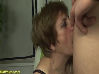 Redhead granny gets gaping void fucked