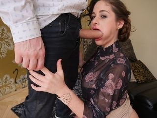 Cathy Heaven receives a mouthhole of masculine stick