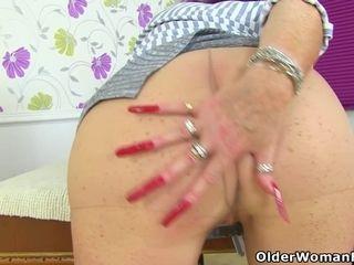 Brit gilf Zadi faux-cocks her 65-year-old fanny