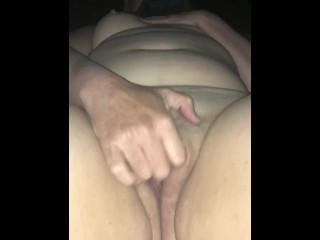Mastrabation moist vag