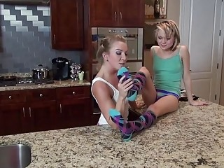 Super hot platinum-blonde mommy idolizes her smallish platinum-blonde stepdaughter's fantastic soles