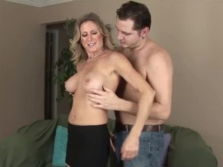 Mom enjoys 18-YEAR-OLD stunner masculine pillar!!