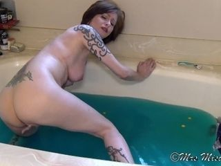 Tub intercourse chat with step-mothermy - Mrs Mischief taboo mommy point of view