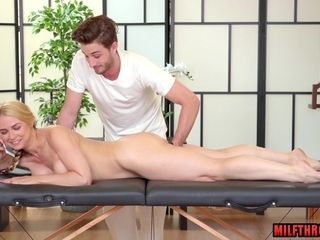 Hotness mommy bj hook-up with rubdown