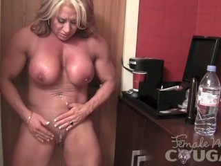 Mature doll Bodybuilder Poses and strokes