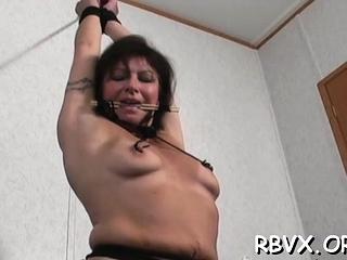 Wet mature babe practices true xxx restrain bondage