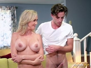 Lucas decorate ejaculates on massive and intense tits of Brandi enjoy