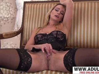 Highly titillating cougar wanks In underwear