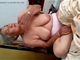 Abuela Japonesa de 77 a&ntilde_os lustygolden