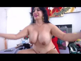 Certainly cute latina GILF flexes their way biceps increased by fat heart of hearts