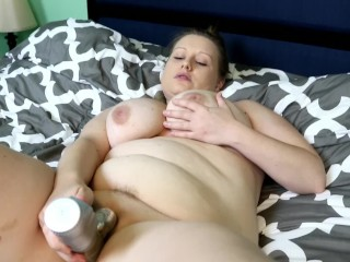 Obese cougar takes enormous fucktoy deep in her humid fuckbox