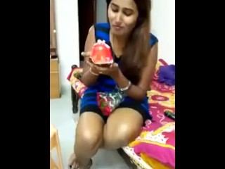 X-rated cookie Swathi naidu carrying out BJ apropos pastry