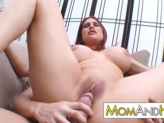 Large orb cougar mommy Sheila Marie penetrated rock-hard