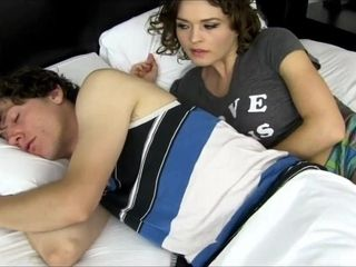 Exhilarated step-mom using sonny for gusto