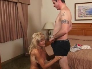 Hot blond mature amateur fuck