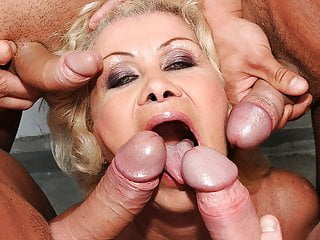 Venerable girl Effie gets blowbanged away from 4 guys