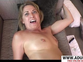 Tough cougar Kyra point of view lovemaking