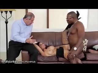 Interracial Cuckold PMV - Killer Queen - Queen