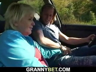 He fucks superannuated granny beyond hammer away squeaker