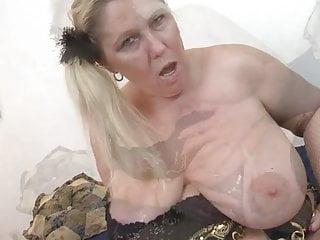 Humungous jugged mature bitch toying